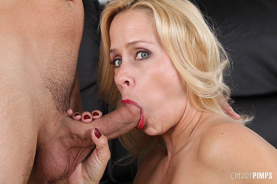 Payton Leigh Sex Pics
