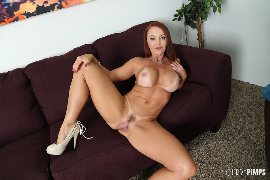 Amazing cougar milf show their hot stuff and masturbate solo